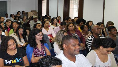 Evento sobre identidades de gênero lota auditório do CRP-03