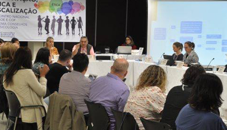 Comissão de Orientação e Fiscalização do CRP-03 participa de encontro em Brasília