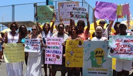Conselho participa de ato pelos direitos das mulheres no Rio Vermelho