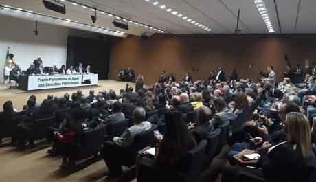 CRP-03 participa do lançamento Frente Parlamentar de Apoio aos Conselhos Profissionais de Classe